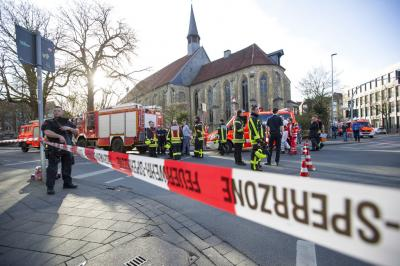 a15f3b7140a33d A vehicle crashed into a crowd Saturday in the western German city of  Muenster