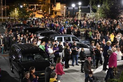 baltimore jewish life over 1,000 honor limo crash victims at vigil Limousine Service Amsterdam.htm #17